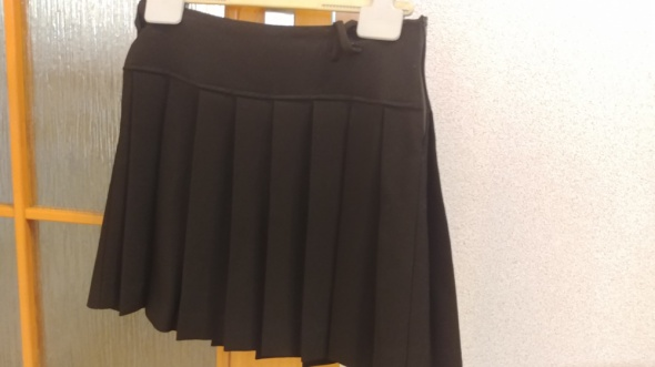 Spódnice czarna krótka plisowana spódniczka rozmiar M