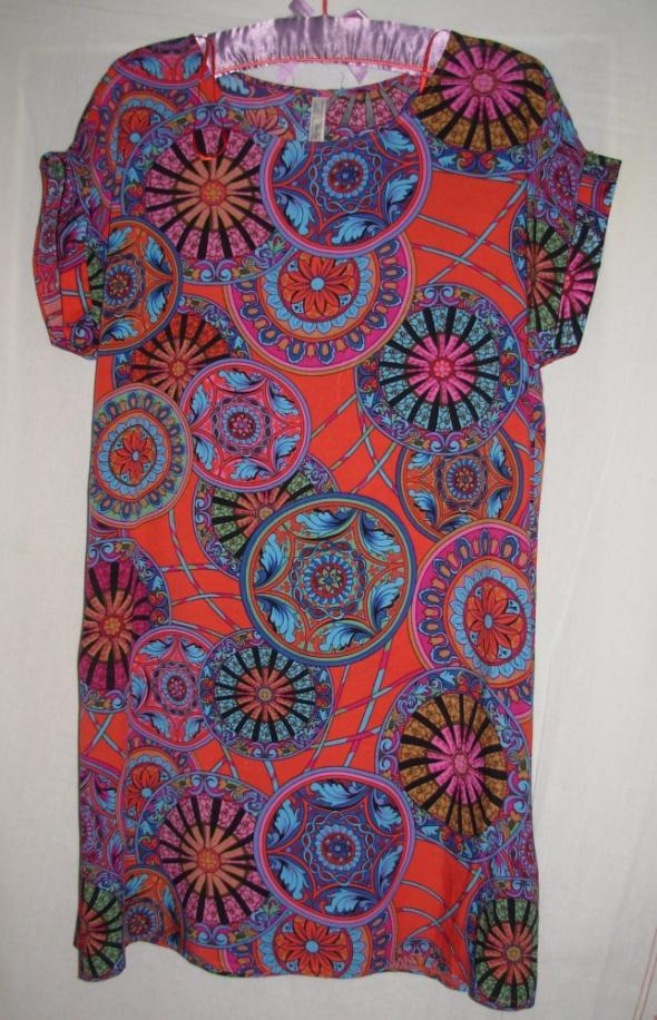 Sukienka z wiskozy Stella Morgan 42...