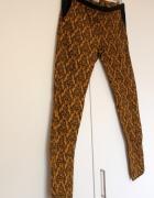 Spodnie rurki Pull&Bear XS 34 żakardowe nowe...