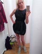 czarna sukienka bombka...