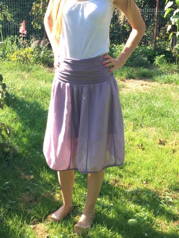 fioletowa zwiewna spódnica na gumce