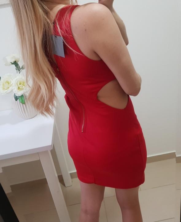 Asos sukienka czerwona dopasowana rozciecie po bokach M L
