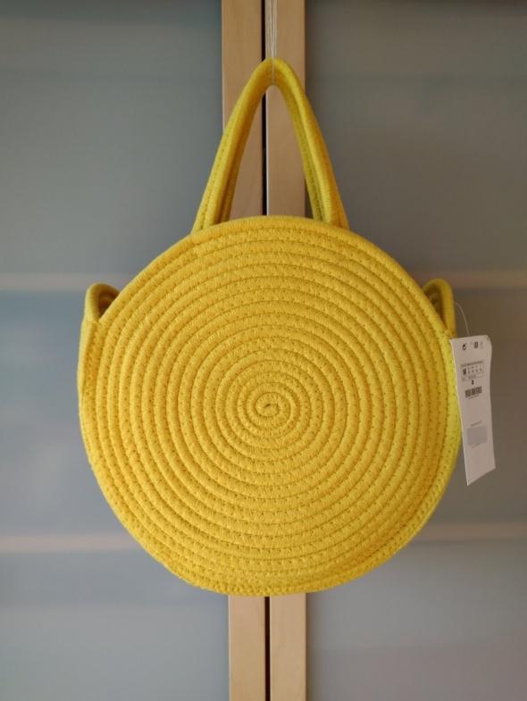 Nowa żółta okrągła torba shopper do ręki Stradivarius