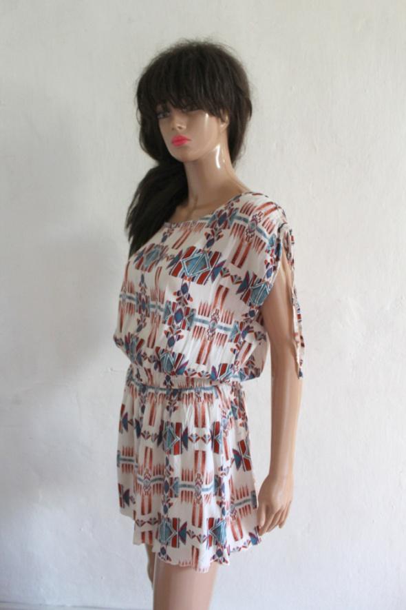 Sukienka w azteckie wzory r około L...
