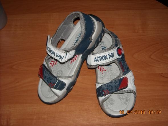 Sandały chłopięce buty na lato sandały męskie sanadłki 35 NOWE