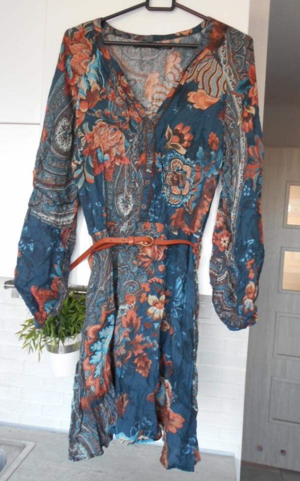 Zara sukienka wzory hippie retro z paskiem
