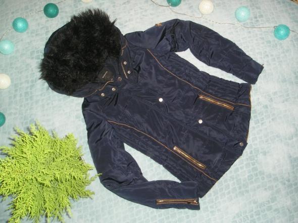 Granatowa kurtka zimowa Reserved XS