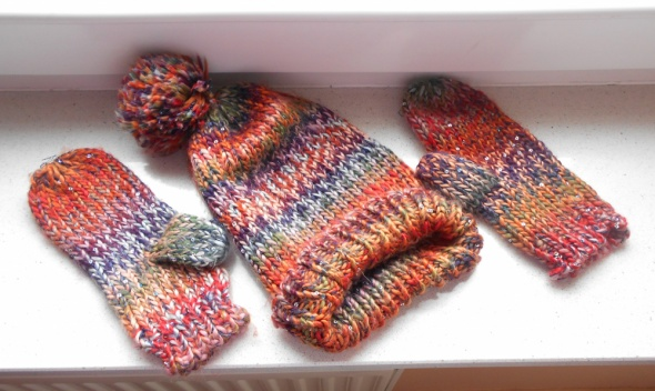 Komplety Promod komplet czapka rękawiczki tęczowy cekiny