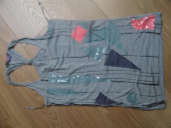 Bluzka bez rękawów w geometryczne kształty...