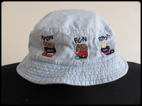 Czapeczka rozmiar 48 kapelusik nakrycie głowy dla dziecka