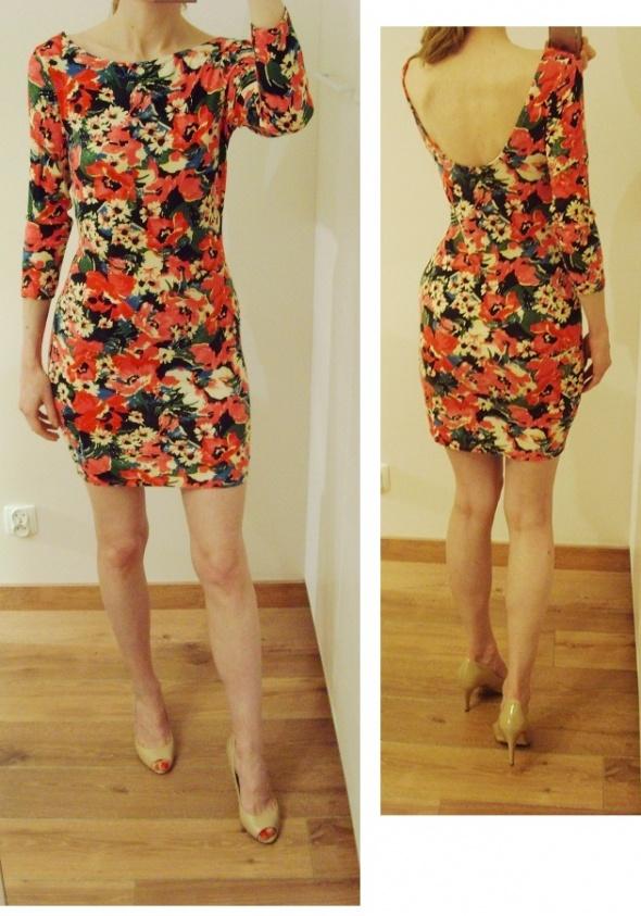 Sukienka floral print bandażowa odkryte plecy 36