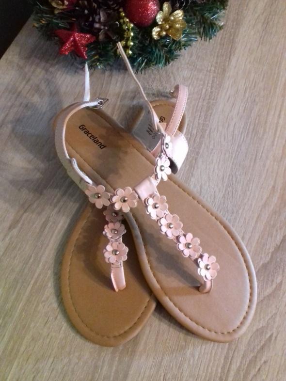 Różowe sandałki damskie rozmiar 42 Deichmann