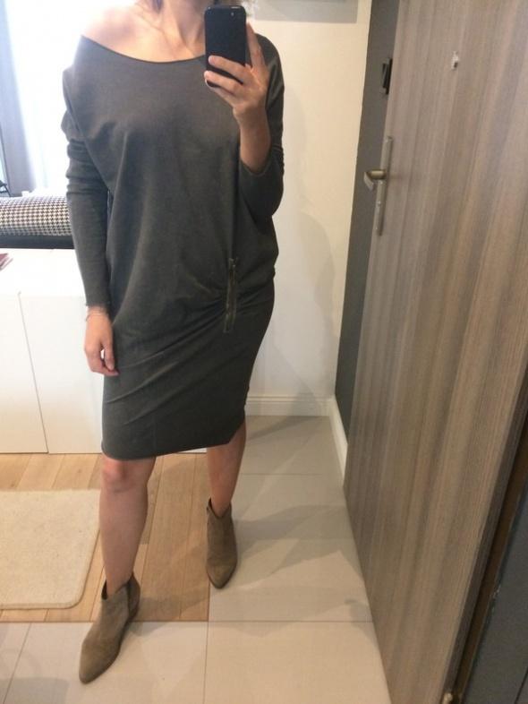 Sukienka asymetryczna M...