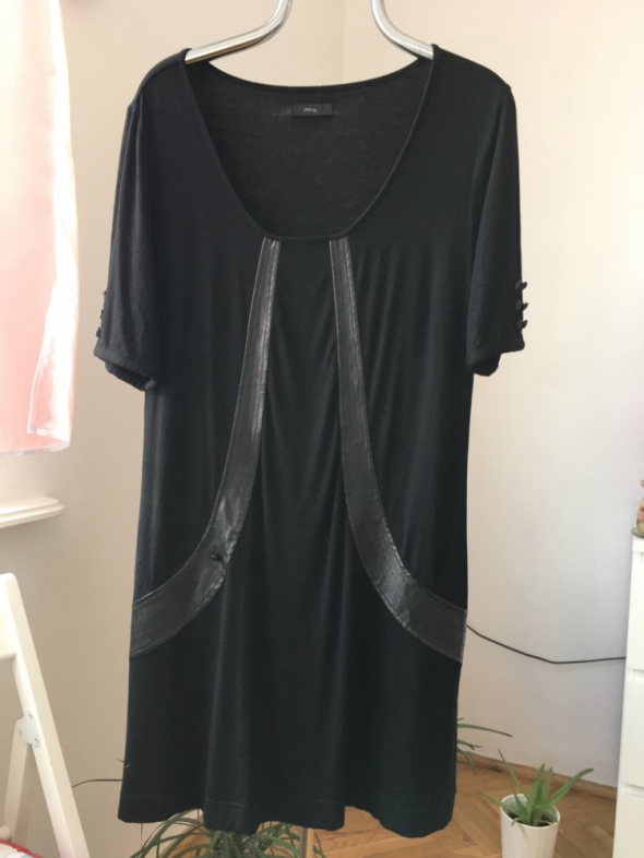 Czarna tunika ze skórzanymi ozdobami Minus r XL...