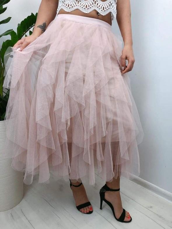 Spódnice Tiulowa spódnica z falbankami