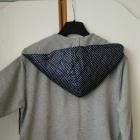 bluza z kapturem w groszki rozpinana na zamek idealna
