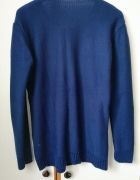 Granatowy sweter w serduszka serca z koralikami...