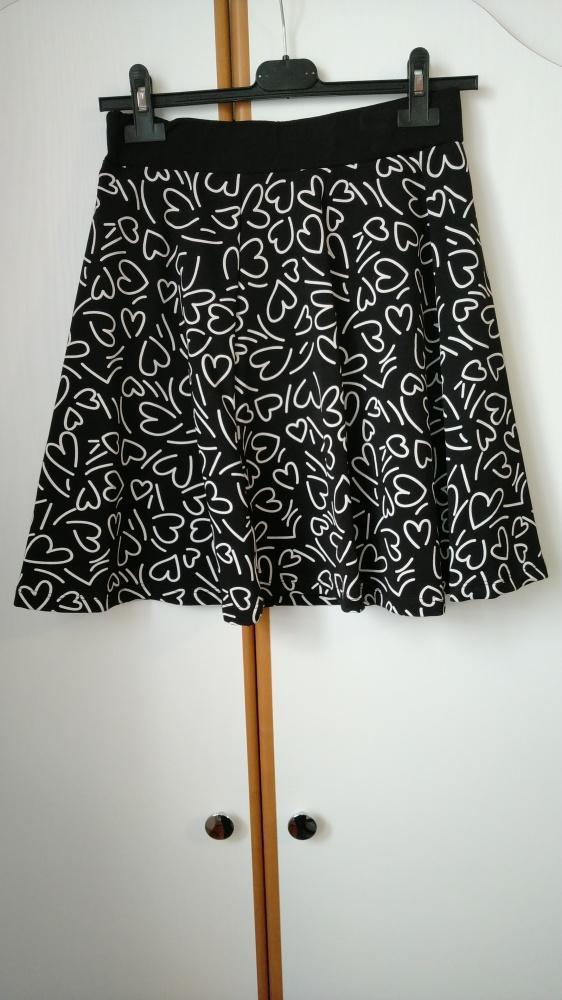 Spódnice mini spódniczka na gumce w serduszka serca