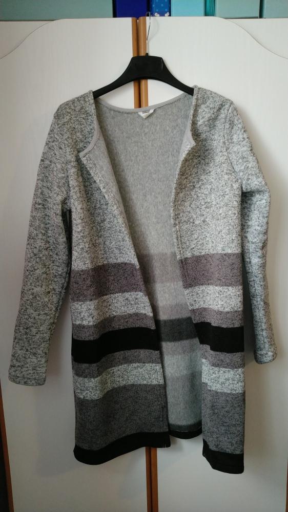 Swetry Śliczny dłuższy Sweter Kardigan praktycznie nowy rozmiar M