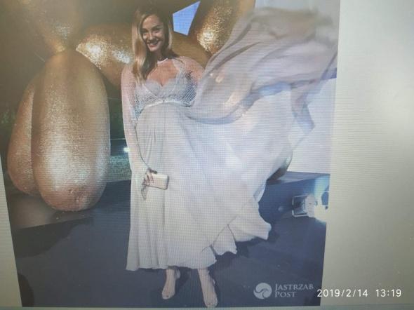 Suknia ciazowa