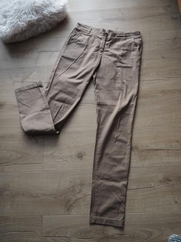 Spodnie M 38