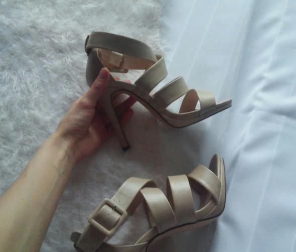 sandałki na szpilkach ccc jenny fairy