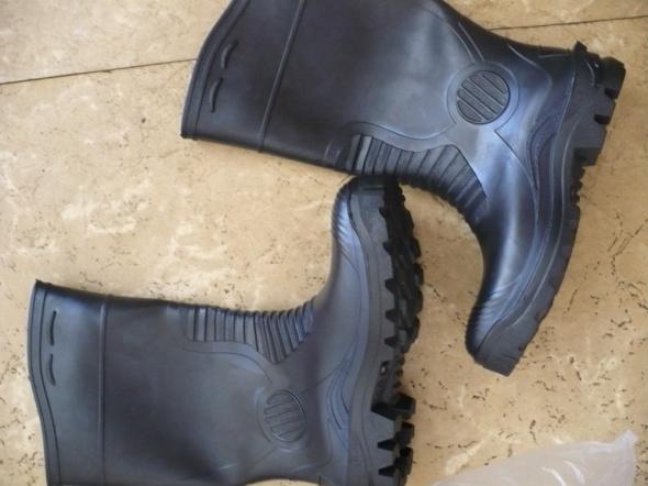czarne buty gumowe 42