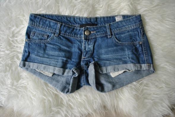 Niebieskie szorty tally weijl ciemny jeans