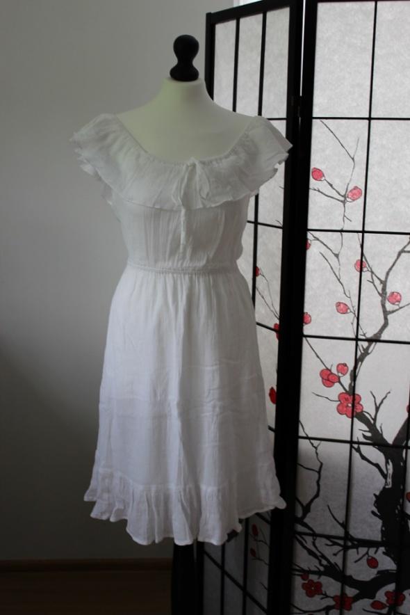 sukienka biała letnia batyst hiszpanka krótka mini