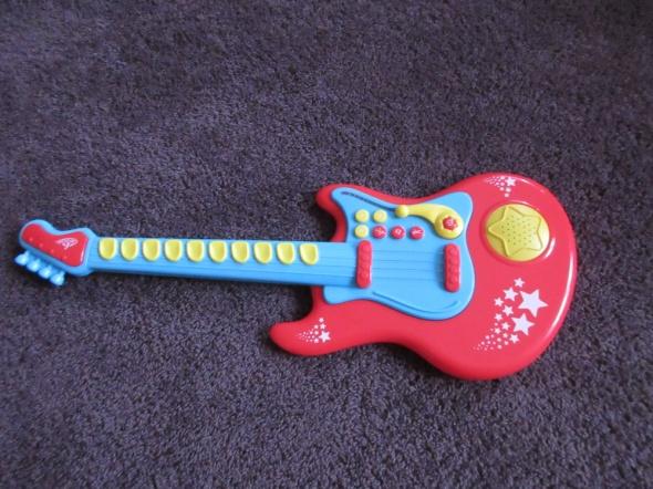 Gitara Elektroniczna Czerwona dla dziecka jak nowa...