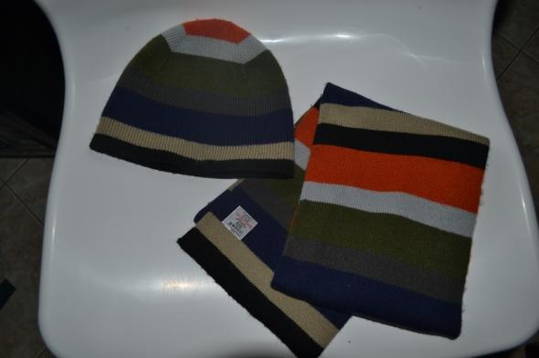 Nowy NEXT komplet czapka szalik