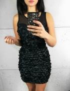 Sukienka Czarna z naszytymi kwiatami rozmiar S...