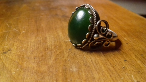 Srebro stary pierścionek z kamieniem