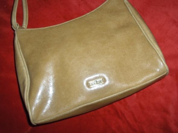 Beżowa torebka na ramię...