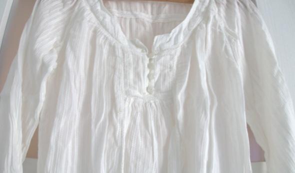 Biała elegancka bluzka koszula guziki