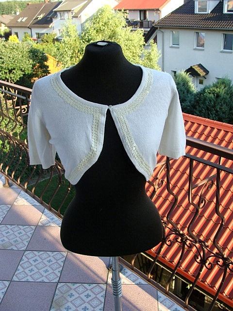 Nowe tanie bolerko z milutkiego sweterka krotki rekaw cekiny Cubus L