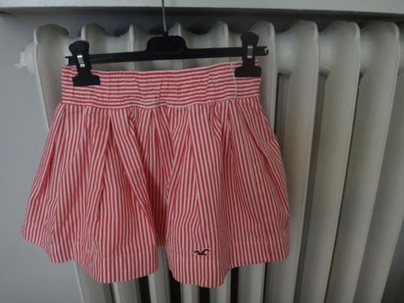 Spódnice Spódniczka mini Hollistera XS