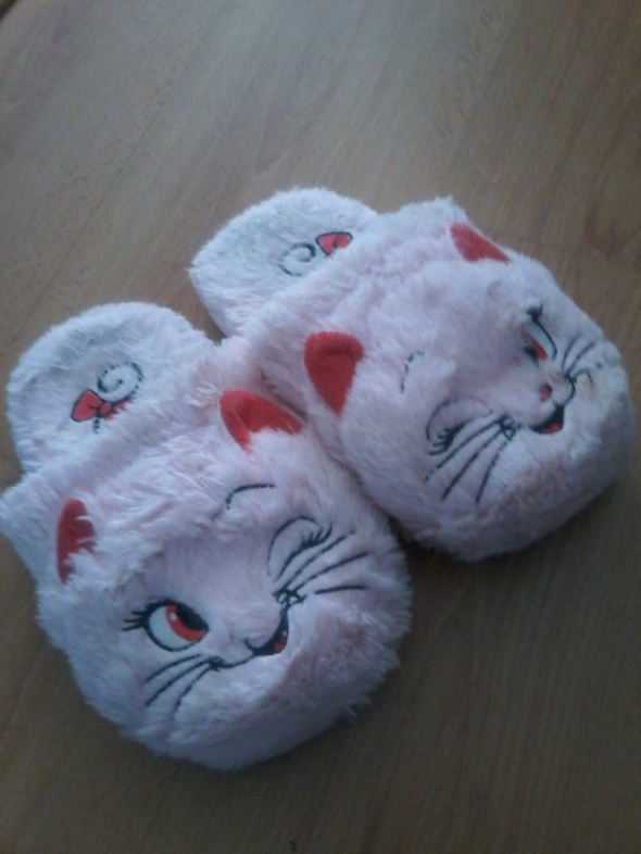 Kapcie włochate kotki różowe 36