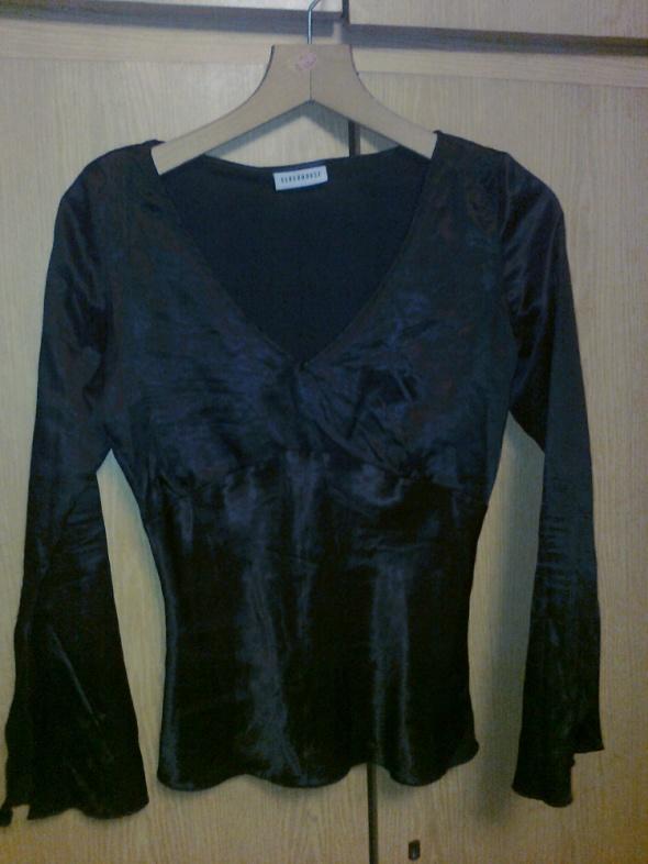 satynowa gotycka bluzka...
