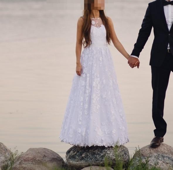 Niepowtarzalna suknia ślubna koronka boho