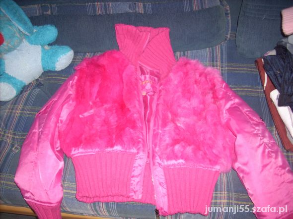 neonowa różowa kurteczka...
