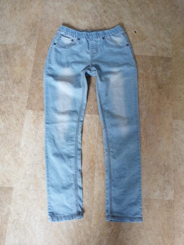 Spodnie i spodenki Treginsy dziewczece jak nowe 158cm
