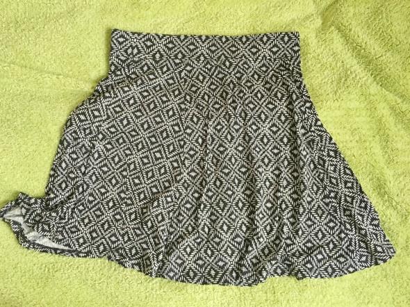 spódniczka spódnica we wzorki brązowa...