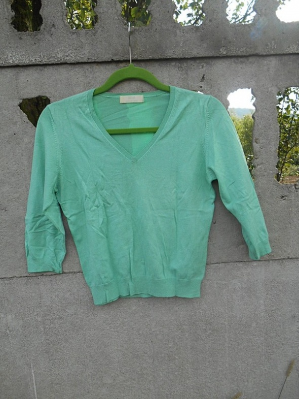 Zielony Sweterek 36 S M marki Marks Spencer