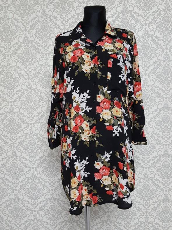 Suknie i sukienki czarna sukienka w kwiaty BooHoo