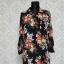 czarna sukienka w kwiaty BooHoo