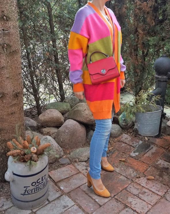 Nowy kolorowy oversize sweter