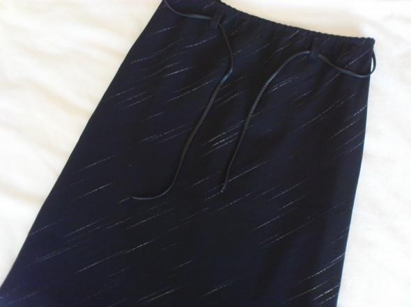 czarna elegancka spódnica