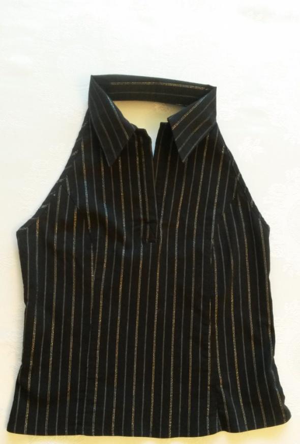 Czarna bluzka z kołnierzykiem bez pleców C&A 36...