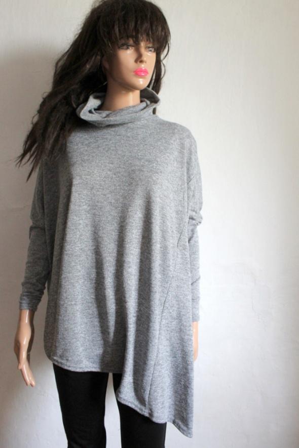 Sweterek narzutka półgolf oversize